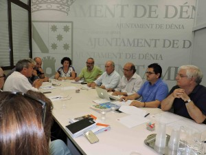 20150610_Reunion_equipo_redactor_candidatura_Ciudad_Creativa_01